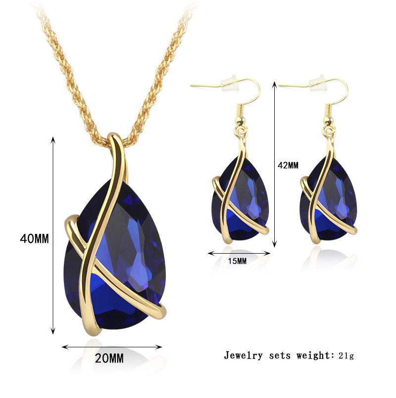 Austria kristallidega kaelaehte ja kõrvarõngaste komplekt-4182